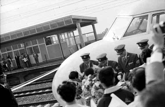 熱海駅 時刻表|JR東海道・山陽新幹線 東京方面 平 …